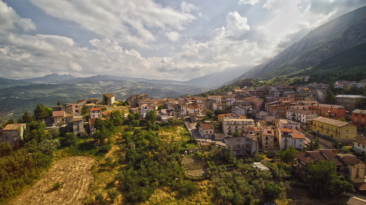 Perché è così importante affidarsi ad una guida turistica qualificata