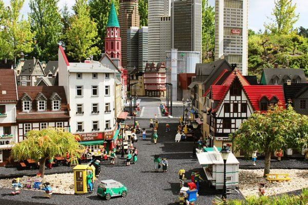 Legolandia, cosa vedere e dove si trova il parco dei Lego